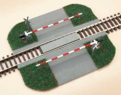 H0 BeschrankBeschrankter Bahnübergang