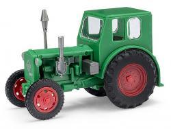 Traktor Pionier grün          NH2017        [UVP  19.99]