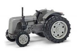 Traktor Famulus Zwillingsr.   NH2016        [UVP  13.49]