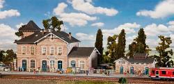 H0   Bahnhof Volgelsheim     595x217x216mm ### [UVP  122.99]