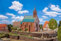 H0   Kirche St. Johann 212x109x260mm #         [UVP   99.99]