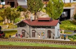 H0 Haltepunkt Altoberndorf Bahnhof 188x155x87mm##[UVP 31.99]