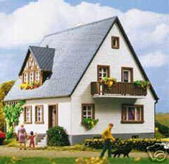 kibri 8440 wohnhaus neu ovp dhl versand versichert 2 jahre garantie ebay. Black Bedroom Furniture Sets. Home Design Ideas